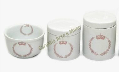Kit Higiene Bebê Porcelana|Coroa Brasão Rosa  |3 Peças