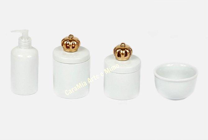 Kit Higiene Bebê Porcelana | Branquinho com Coroa Dourada | 4 Peças |