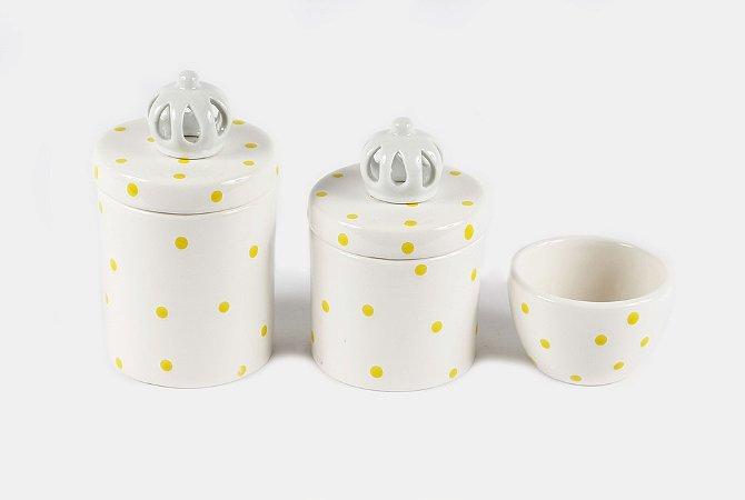 Kit Higiene Bebê Cerâmica  3 peças  Poá Amarelinho com Aplique de Coroas Branquinhas