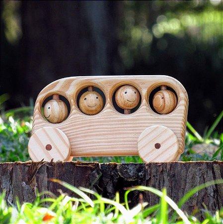 Businho de madeira