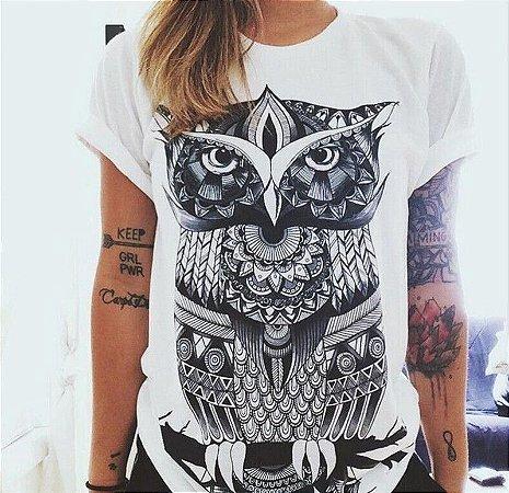 Camiseta Feminina Coruja Graphic