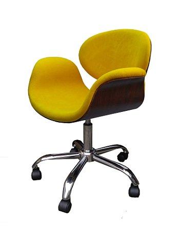 Cadeira Tulipa com Formica ( cor tabaco )  estrela cromada, rodízios e regulagem de altura. Modelo LV90BECFTAB . Lançamento Lv Estofados.