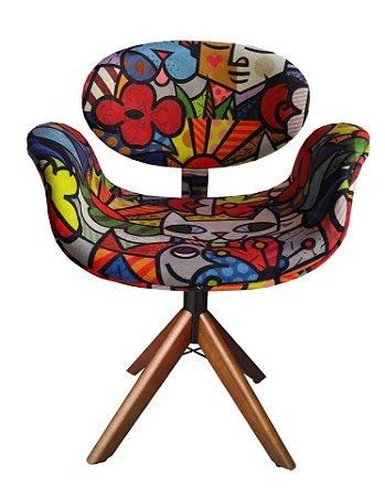 Cadeira Tulipa giratória com base de Madeira - Pés palito - Pés de madeira- ( Lançamento Lv Estofados). Poltrona Personalizada.