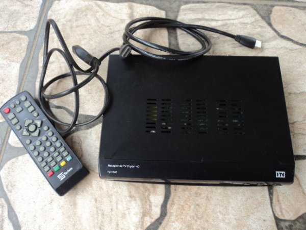 Conversor Digital Telesytem Ts 2300 com defeito