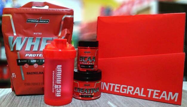 Kit Integralmedica Nutri whey refil 907g morango + creatina 3000g + bcaa 2044 90 caps + Coqueteleira