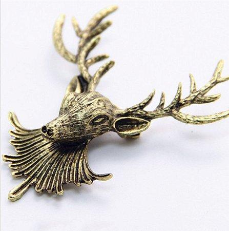 broche em metal cervo