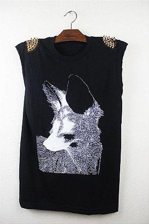 camiseta lobo com spykes
