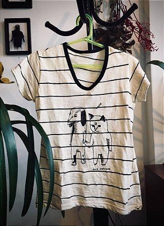 camiseta listrada feminina adote gato e cão