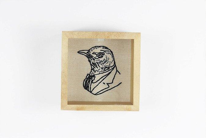 quadro bordado à mão pomba