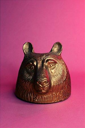 escultura urso we hate zoo