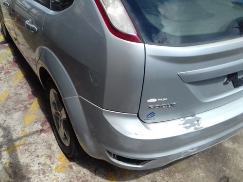 Caixote Ford Focus 1.6 2011
