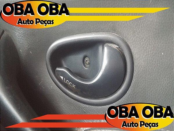 Maçaneta Interna Dianteira Direta Palio Weekend 1.6 16v Gasolina 2000/2001