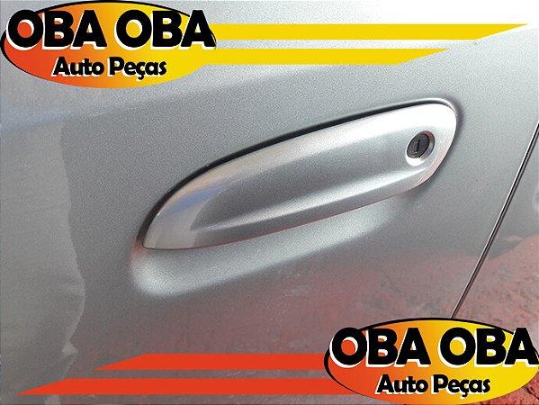 Maçaneta Externa Dianteira Esquerda Chevrolet Onix Lt 1.4 Aut Flex 2016/2016