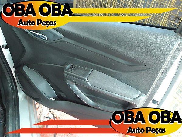 Forro De Porta Dianteira Direita Chevrolet Onix Lt 1.4 Aut Flex 2016/2016