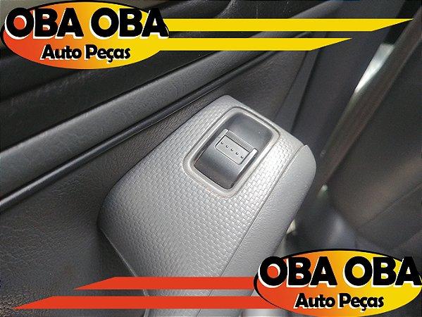 Botão De Vidro Traseira Esquerda Honda Civic Lx 1.7 Aut 2001/2002