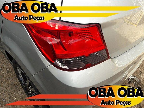 Lanterna Fume Esquerda Chevrolet Onix 1.4 Aut Ctz 2016/2016