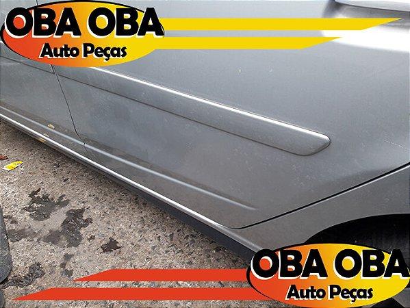 Friso Da Porta Traseira Esquerda Chevrolet Onix 1.4 Aut Ctz 2016/2016