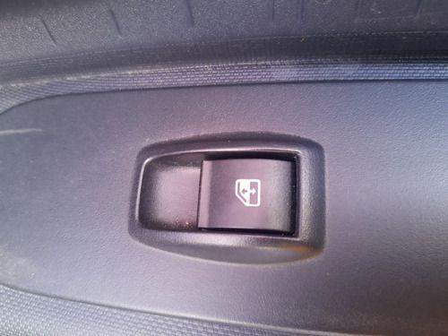 Botão De Vidro Dianteiro Direito Fiat Mobi 1.0 3c Flex 18/19