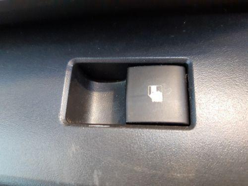Botão Vidro Dianteiro Direito Chevrolet Cruze Hatch 15/15