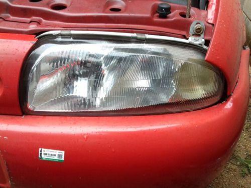 Farol L.direito  Ford Fiesta Endura 1.0 1998 1999