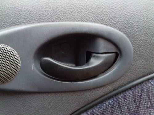 Maçaneta Interna Diant Direita Ford Fiesta Endura 1999