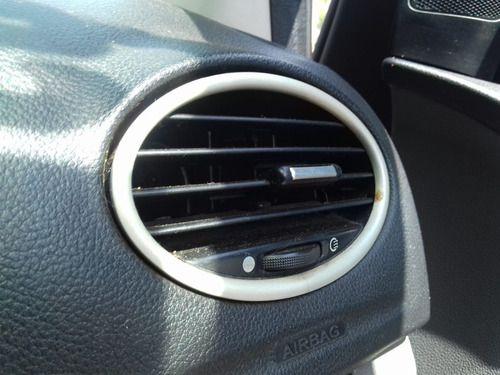 Difusor De Ar L.direito Ford Focus 1.6 2011