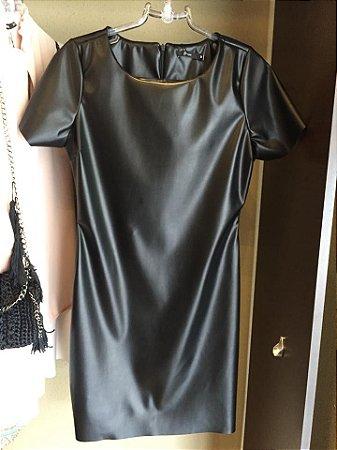 Vestido basic em couro eco Black