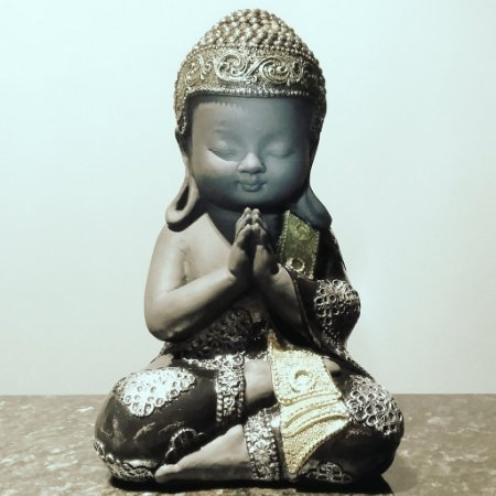 Buda Nino Rezador