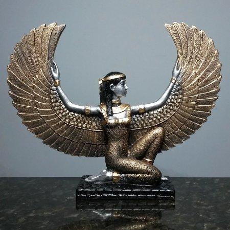 Estatueta Isis