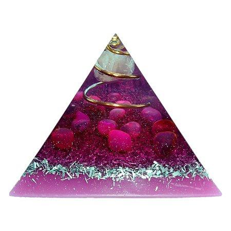 Orgonite Pirâmide Rosa - Amor | 6x5 cm