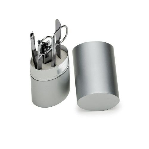 Kit manicure 5 peças em estojo oval de alumínio.