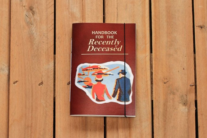Handbook for the Recently Deceased caderneta - Bettlejuice - Bodoque