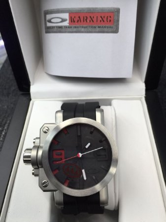 bb07cb7d6e5 Relógio Oakley Gearbox (Edição Limitada) - CN Vendas - Tendência em ...