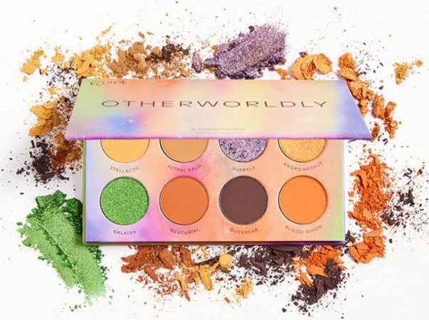 we are fluide other worldly paleta de sombras