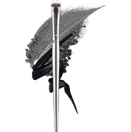 IT Brushes For ULTA Love Beauty Fully Eye Smudger Brush #221 pincel