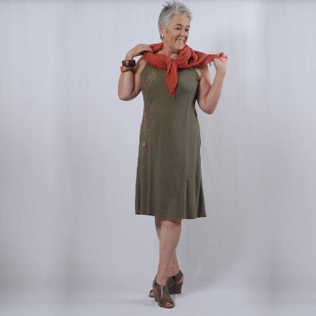 Vestido Plus Size de Tencel Verde Oliva