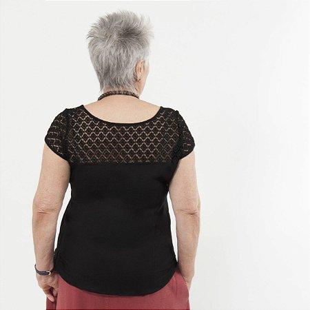Blusa Plus Size de Linho Renda Guipir Preta