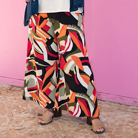 Calça Pantalona Flare Plus Size Geométrica