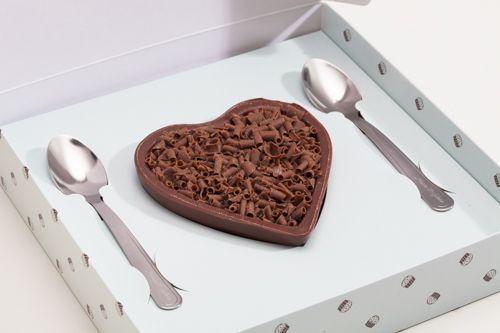 coração de chocolate com brigadeiro de colher