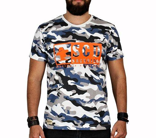 Camiseta Sacudido's - Logo Etiqueta - Camuflada