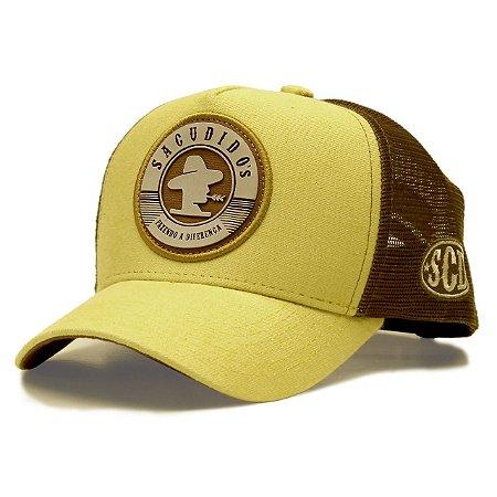 Boné Sacudido´s Amarelo e Aplique a Patch Marrom