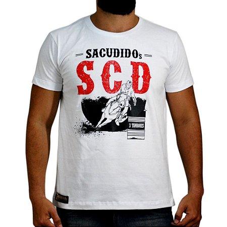 Camiseta Sacudido´s - Três Tambores - Branca