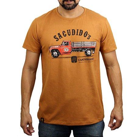 Camiseta Sacudido's - Lateral Caminhão - Desert