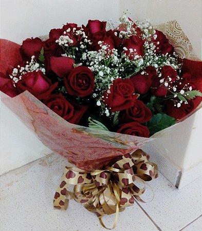 Buquê com 35 rosas