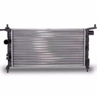Radiador Agua  Corsa 94/06 S/AR Com ou sem entrada para Sensor de temperatura (Cebolao)