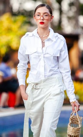 Camisa de tricoline com bolsos