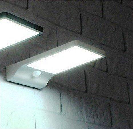Luminária solar Branca 36 Led 450 Lumens c/ sensor de movimento SG36L
