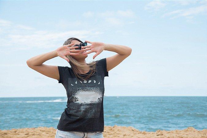 Camiseta Feminina LUA FASES