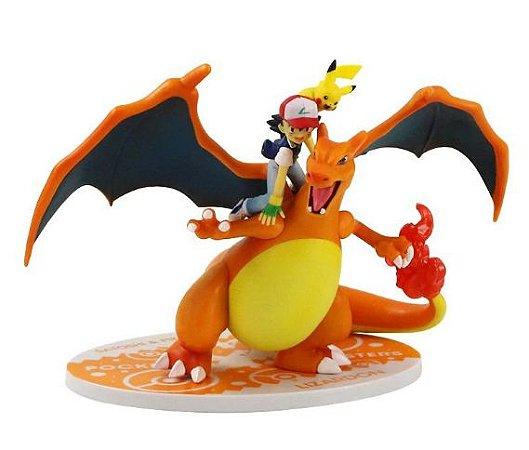 Figure Charizard com Ash e Pikachu Pokémon - Animes Geek