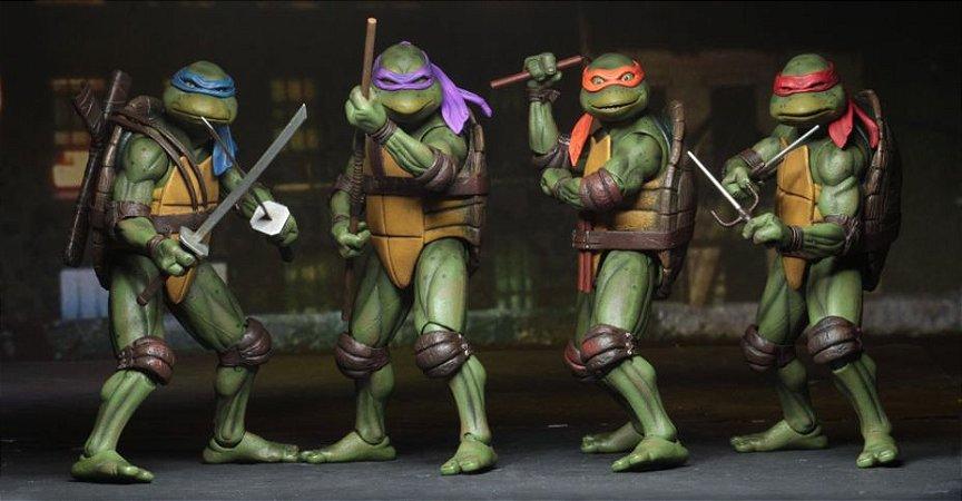 Tartarugas Ninjas TMNT 1990 Conjunto com 4 Figuras Gamestop - NECA